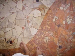 barefoot mosaic, entryway mosaic, tuscan mosaic, stone floor designs